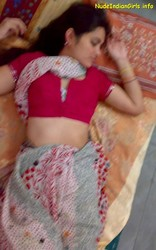 pics when wife is sleeping her blouse is saree got messup nude photos